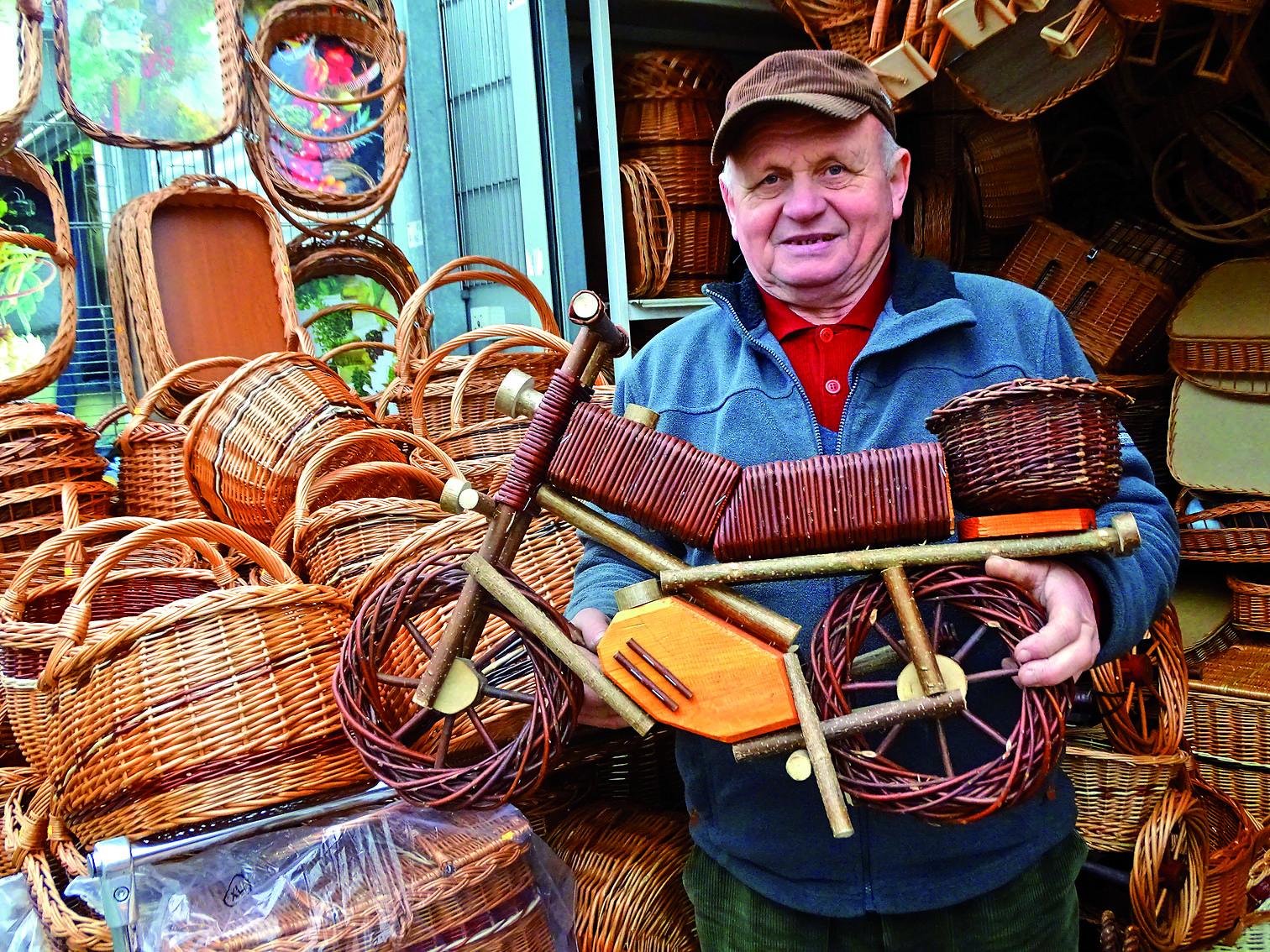 Der große Polenmarkt ist auf die kalte Jahreszeit und das kommende Fest eingestellt