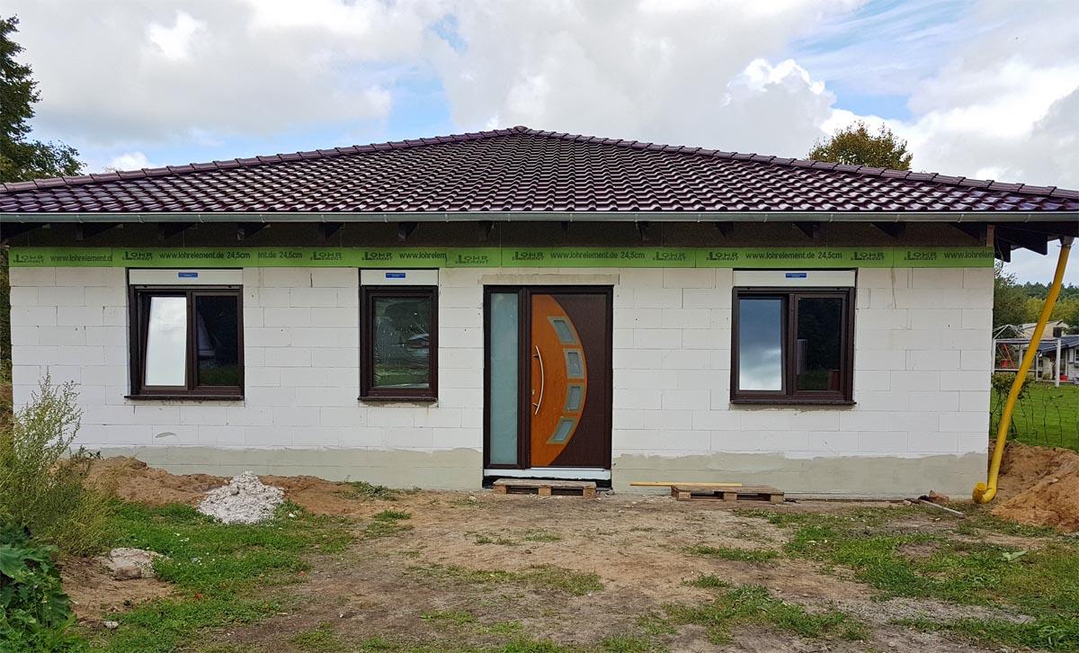 Reverenz: Fenster und Türen für Einfamilien-Bungalow