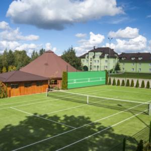 Tennis-Platz eröffnet