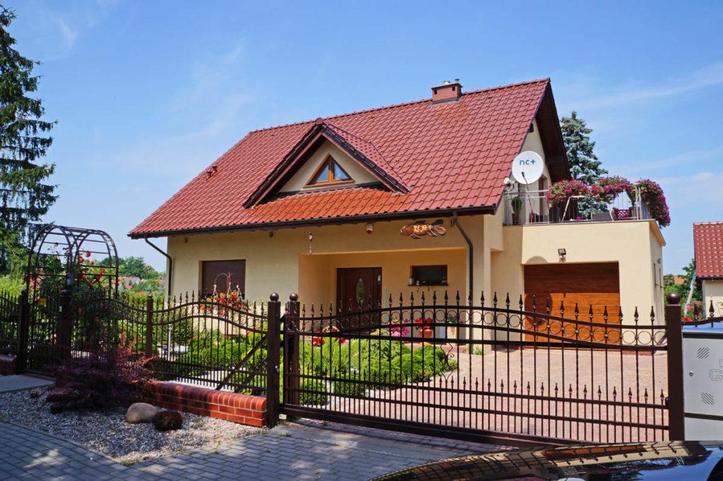 Schöne Häuser – zufriedene Kunde