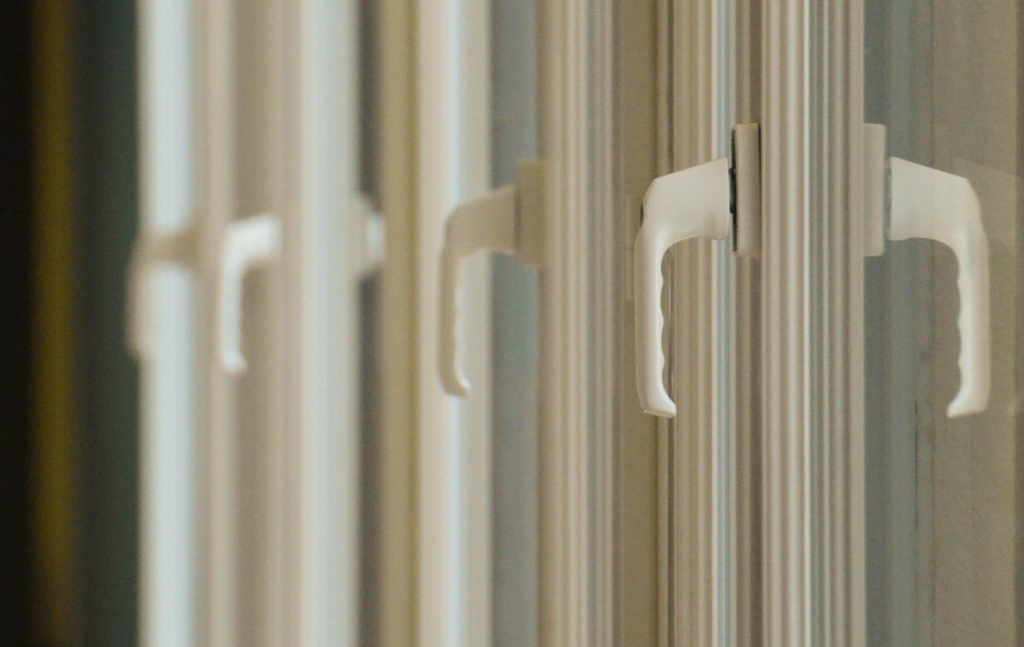 Oft gefragt: PVC- vs. Holz-Fenster
